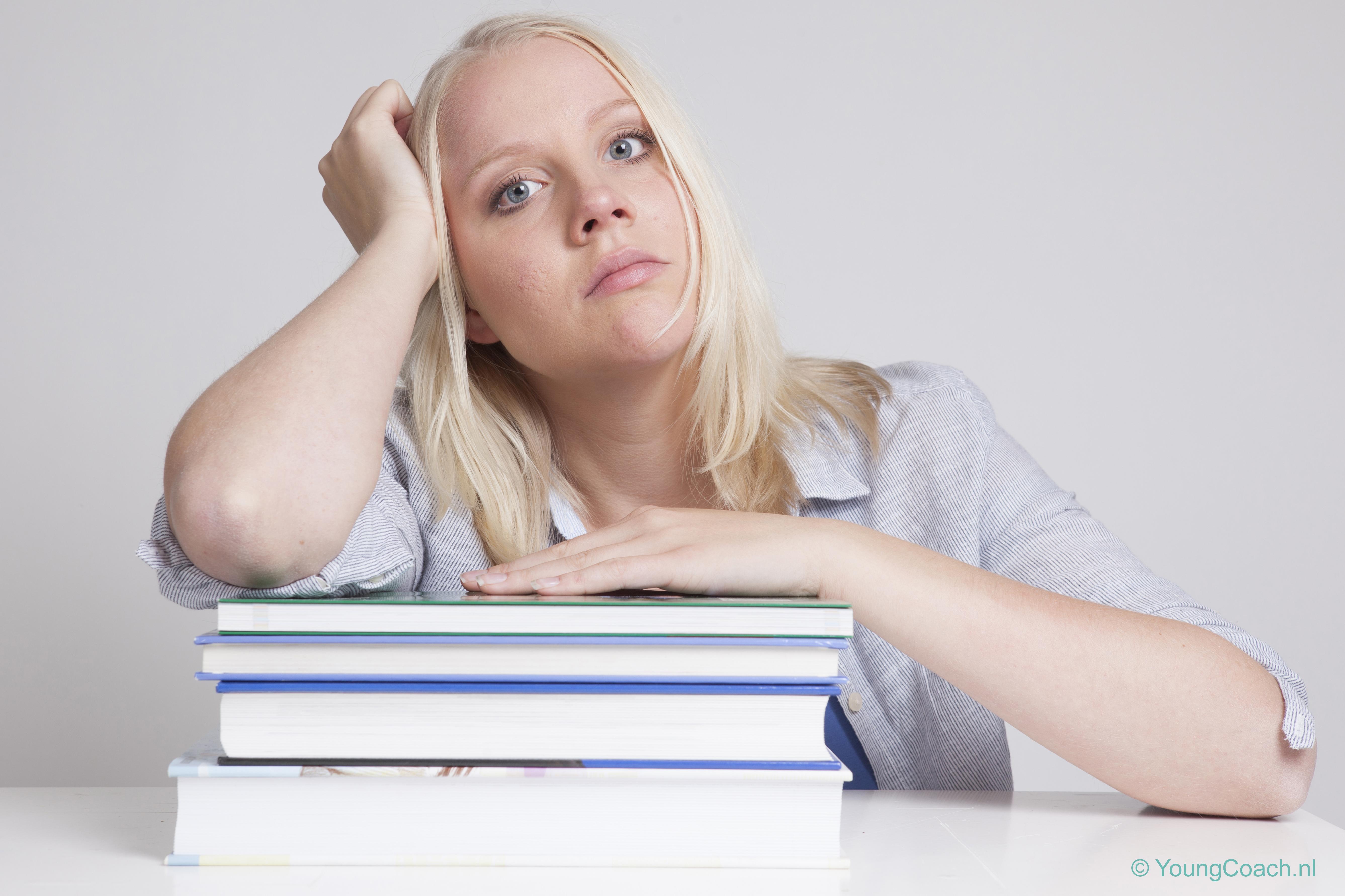 Prestatiedruk op school, YoungCoach, Sharon Uitendaal, jong burnout